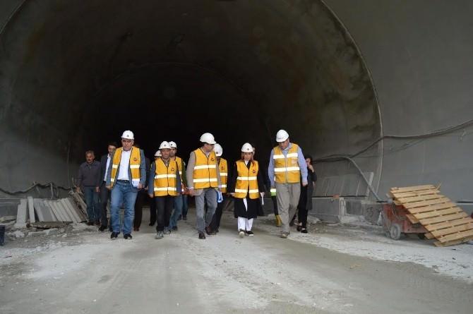 """Çalık: """"Yeni Kömürhan Köprüsü Ve Tüneli 2017'de Açılıyor"""""""