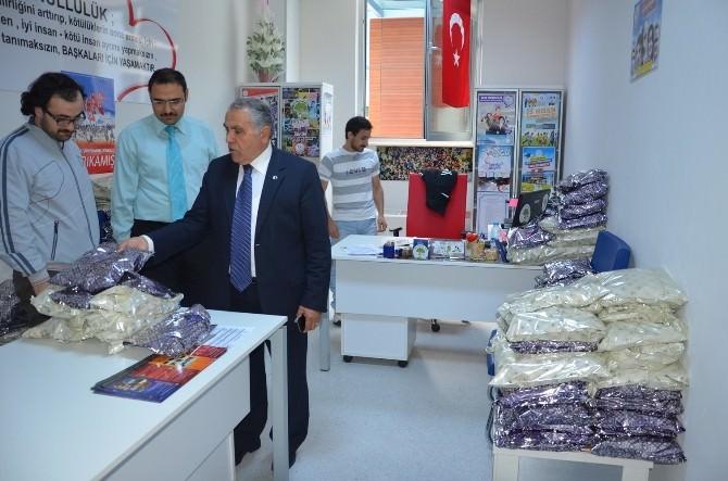Bafra Gençlik Merkezi Yardım Paketlerini Hazırladı