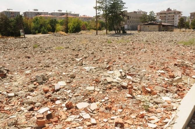 Van Büyükşehir Belediyesi'ne Yürütmeyi Durdurma Kararı