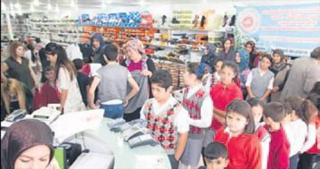 Elmadağ'da bin çocuğa yardım eli