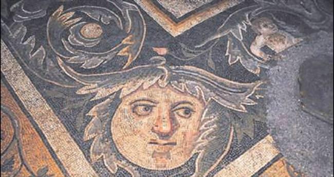 Mozaik Yolu'na Büyükşehir destek verdi