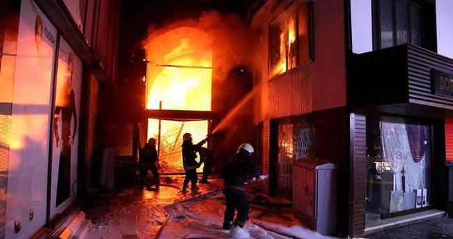 Bursa Kapalı Çarşı'da yangın