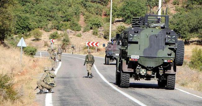 PKK'nın yola tuzakladığı 250 kilo bomba bulundu