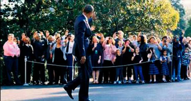 Obama, kurbanların aileleriyle buluştu