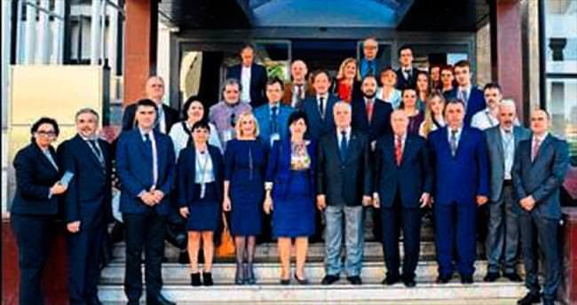 Boşnaklar, İzmirle işbirliğine hazır