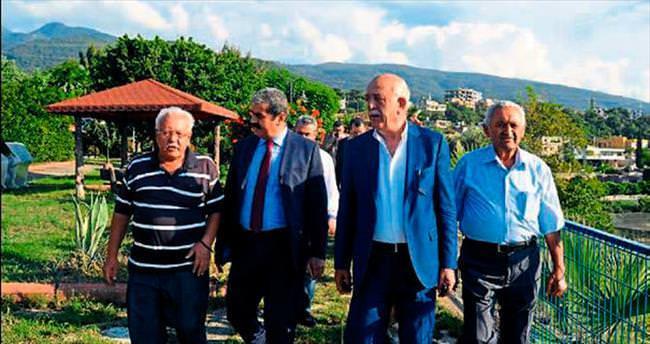 Başkan Seyfi Dingil Karayılan'a çıkarma yaptı