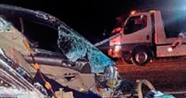 Zincirleme kazada 2 ölü 7 yaralı var