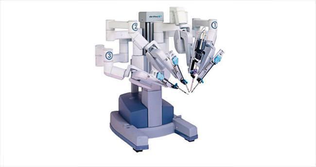 Acıbadem'de 'robotik cerrahi' dönemi başladı