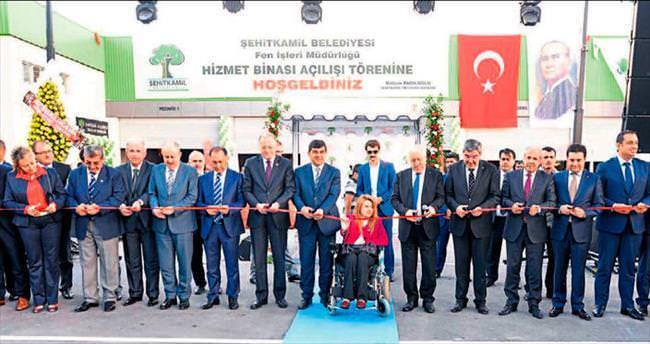 Şehitkamil'in modern tesisi açıldı