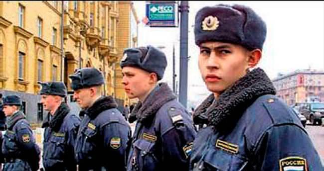 Moskova'da terör saldırısı hazırlığındaki 10 kişi gözaltında