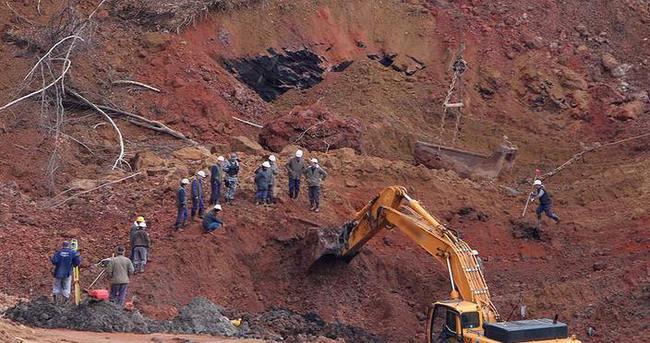 Kömür madenindeki göçük 4 can aldı