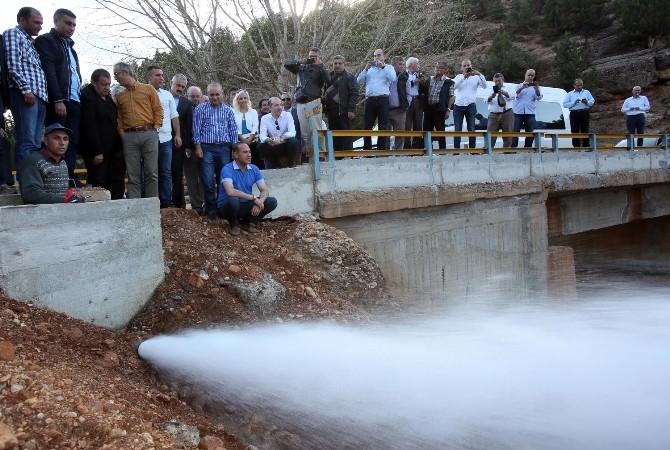 Dağlar Delindi, Yollar Açıldı, Su; Kaynağından Alınıp Göller'e Götürüldü