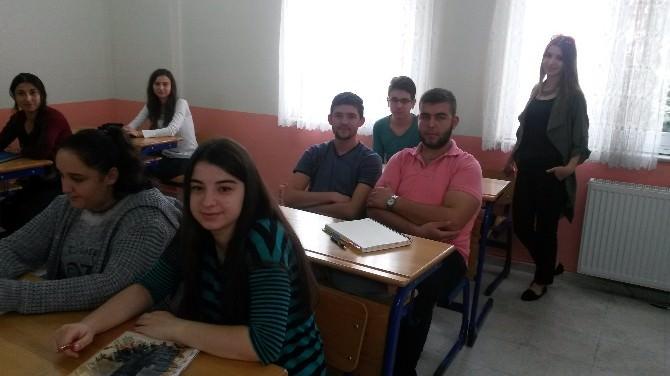 Akhisar Halk Eğitim Üniversiteye Hazırlıyor
