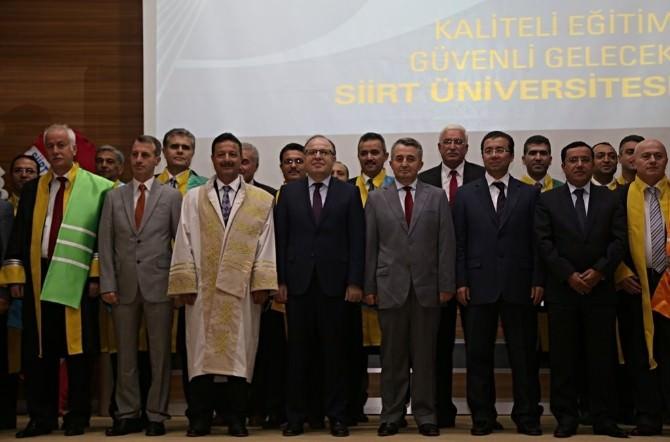 SİÜ'de Akademik Açılış Yılı Töreni Düzenlendi