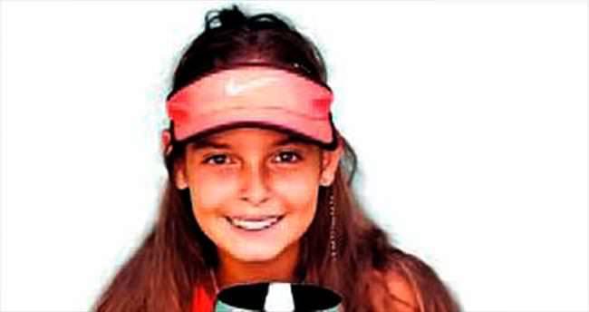 Şampiyon Melisa Ercan