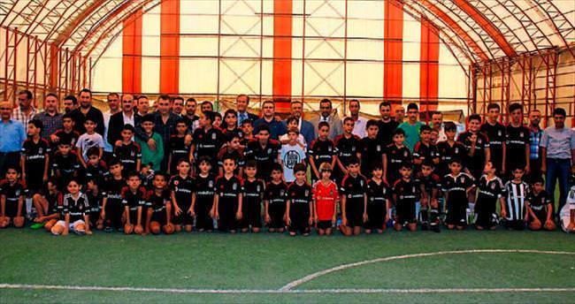 Hatay'da Beşiktaş futbol okulu açıldı
