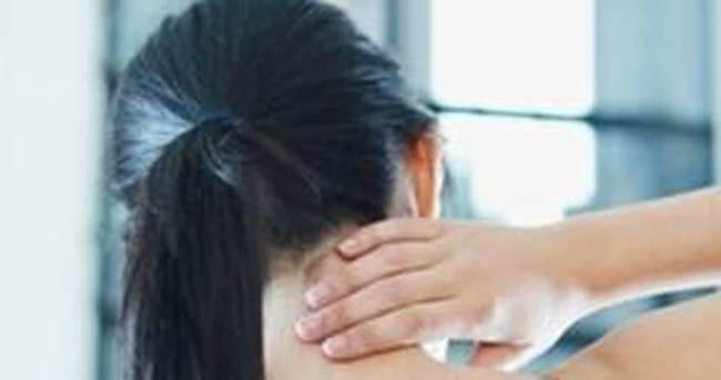Boyun fıtığı ağrısı nasıl geçer?
