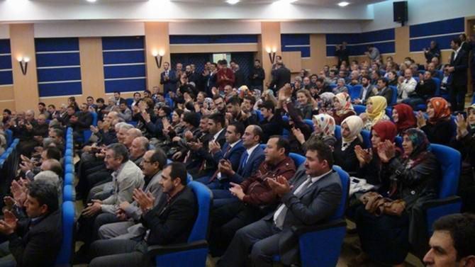 Eski Sağlık Bakanı Recep Akdağ Kars'ta STK'lar Ve Muhtarlarla Buluştu