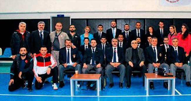 Adana'da karate aday hakem kursu açılacak
