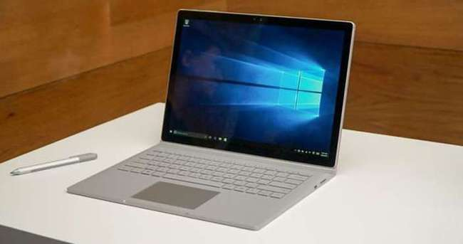 Surface Book anında tükendi!