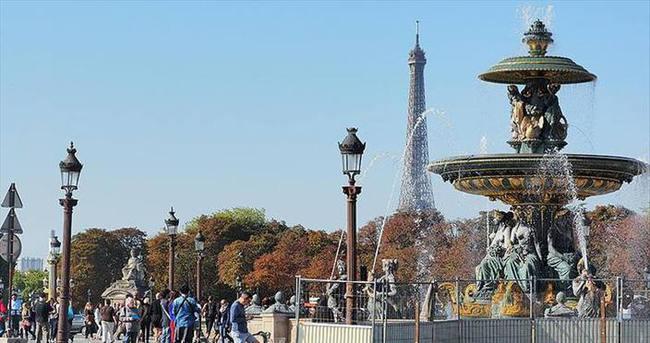 Fransa'dan Türk vatandaşlarına 48 saatte vize