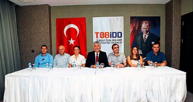 Turgut Özal'ın işadamları dernek çatısı altında buluştu