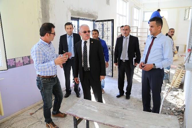 Bozok Üniversitesi Rektörü Prof. Dr. Karacabey Akdağmadeni Sağlık Yüksekokulunu Ziyaret Etti