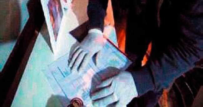 'Sihirli Ses'in ardından bankacı sevgililer çıktı
