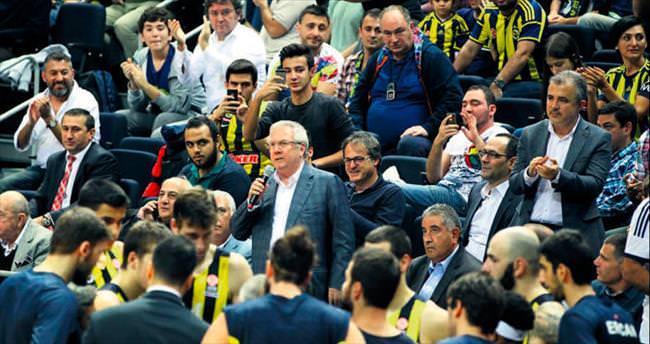 Fenerbahçeliler ben Aziz Yıldırım...