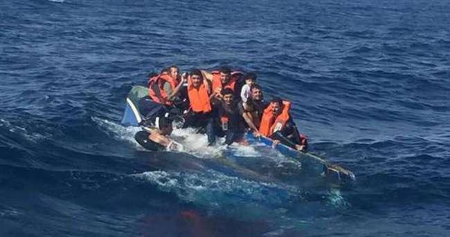 Çanakkale'de kaçak teknesi alabora oldu: 12 ölü