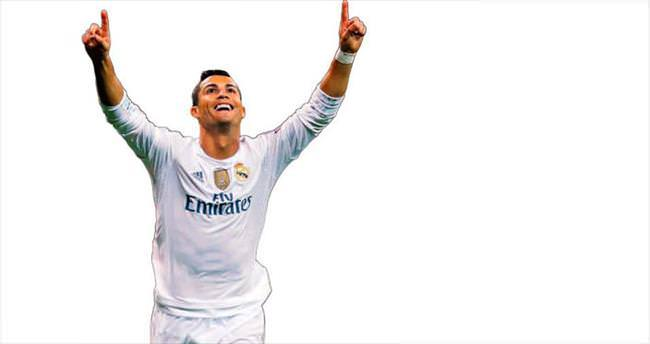 Ronaldo, Raul'un rekorunu tarihe gömdü