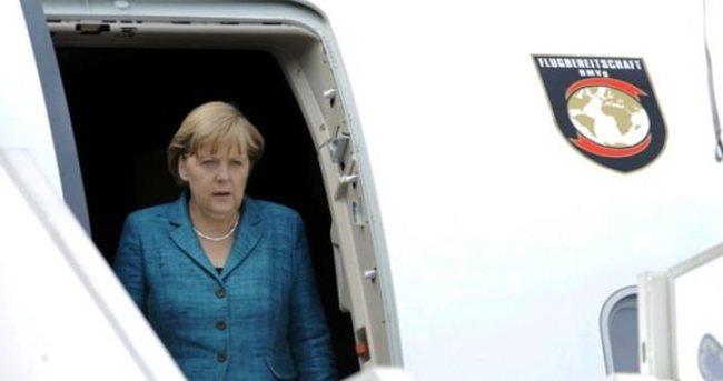 Almanya Başbakanı Merkel İstanbul'a geldi