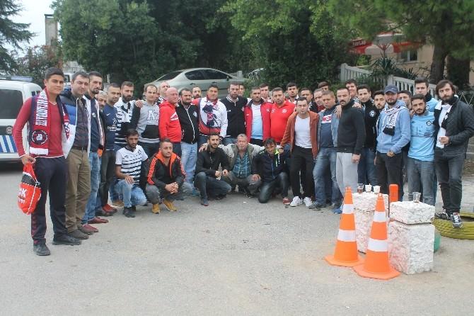 Zonguldak'ta İki Taraftar Grubu Bir Araya Geldi