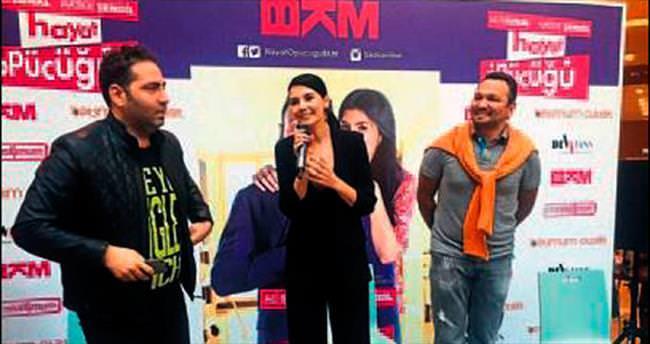 Hayat Öpücüğü'nün oyuncuları İzmir'de
