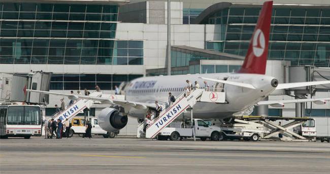 Atatürk Havalimanı'nda hareketli dakikalar!