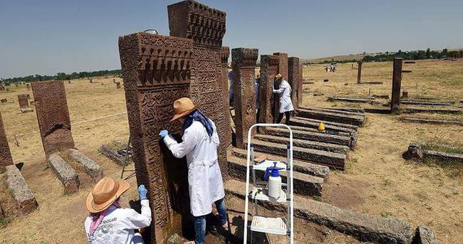 Selçuklu Mezarlığı'nda kadılar bölümü