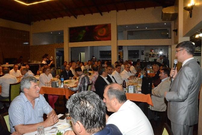 AK Parti'den Birlik Yemeği