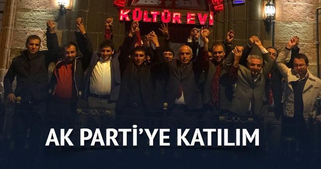 30 ülkücü AK Parti'ye katıldı