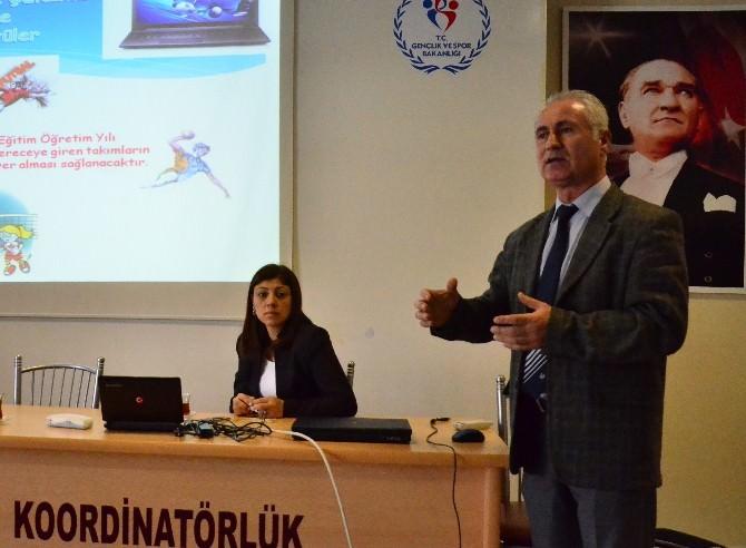 Adana'da Okul Sporları Tertip Komitesi Belirlendi
