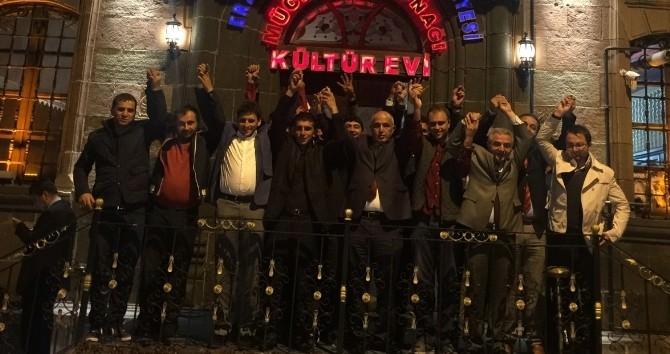 Erzurum'da 30 Ülkücü AK Partiye Geçti