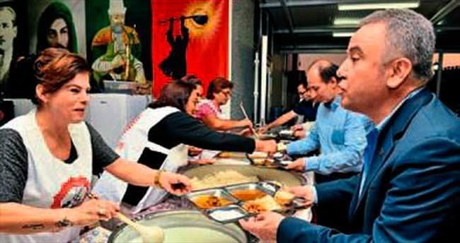 Başkan Böcek'ten, Alevilere iftar