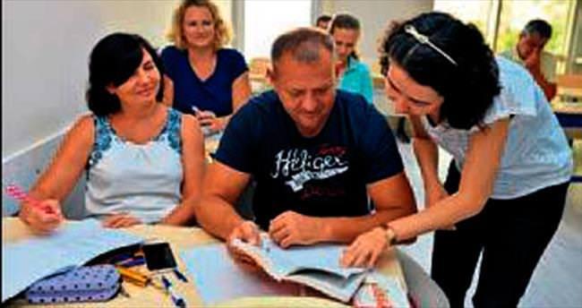 Ruslar Türkçe öğreniyor