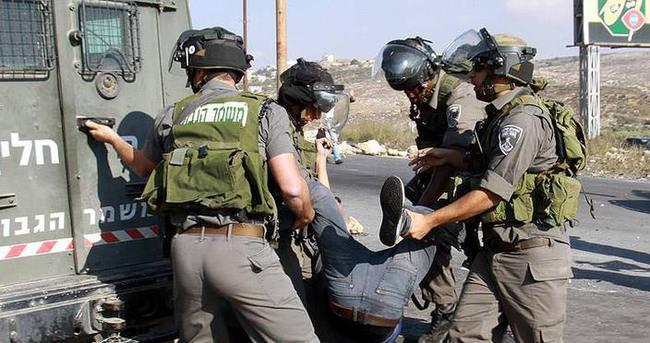 İsrail askerleri 105 Filistinliyi gözaltına aldı