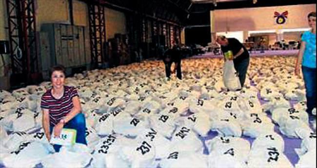 İzmir'de seçim torbaları hazır
