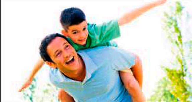 Babalar! Siz mutluysanız çocuğunuz uçar