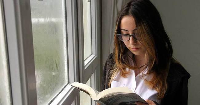 Lise öğrencisinin yazdığı romana ikinci baskı