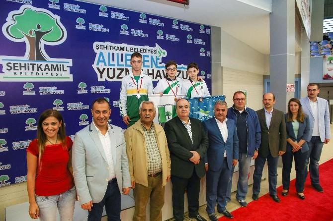 Şehitkamil'de Cumhuriyet Kupası Yüzme Heyecanı