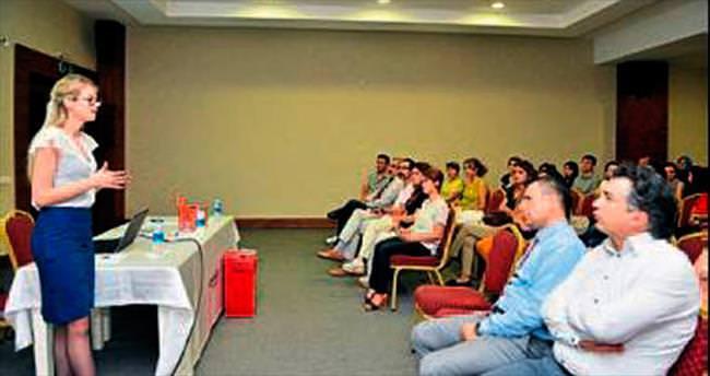 Öğretmenlere atık pil semineri verildi