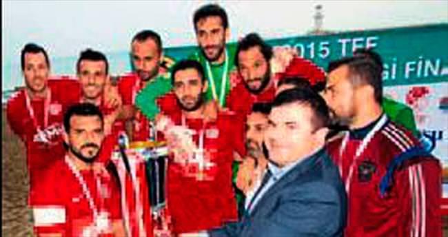 Plajın şampiyonu Antalyaspor