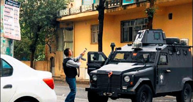 Diyarbakır'da 17 DAEŞ hücre evine eşzamanlı baskın